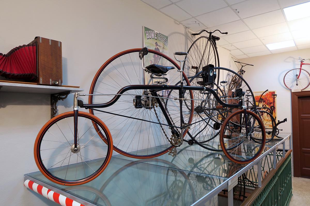 Visitare_il_museo_tricicli